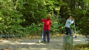 children_playing_child_laugh_220034